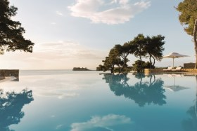 Sani_Club_Infinity_Pool_small